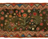 hooked-rug-with-rick-rack-border_1